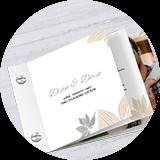 Breite Kartenfächer als Hochzeitseinladung